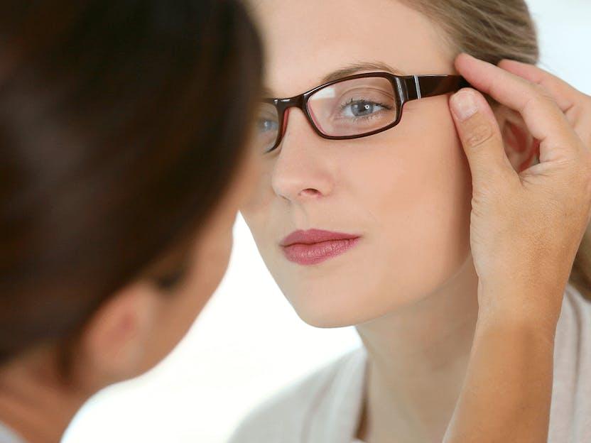 Om du upplever att dina glasögon sitter nästan fdfe483ee988c