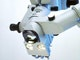 OPMI® CS für die Ophthalmologie mit neuer Aufhängung und neuer Schnittstelle für die Beobachtungs- und Beleuchtungsoptik.