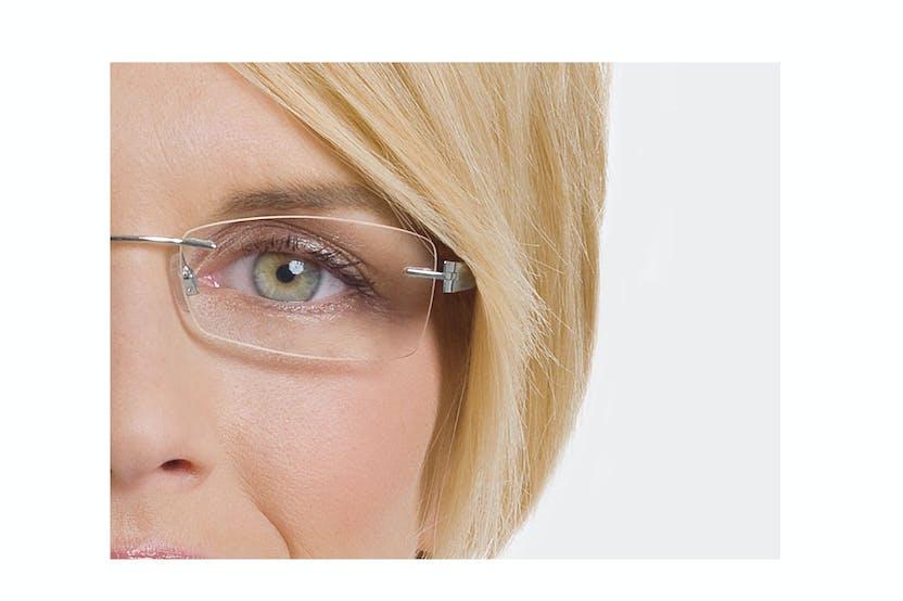 5ff467d0644185 Conseils de maquillage à l attention des femmes porteuses de ...