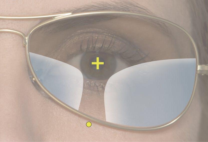 1c9302dca43e8 Sem FrameFit®+ Technology  A zona de visão ao perto é cortada.